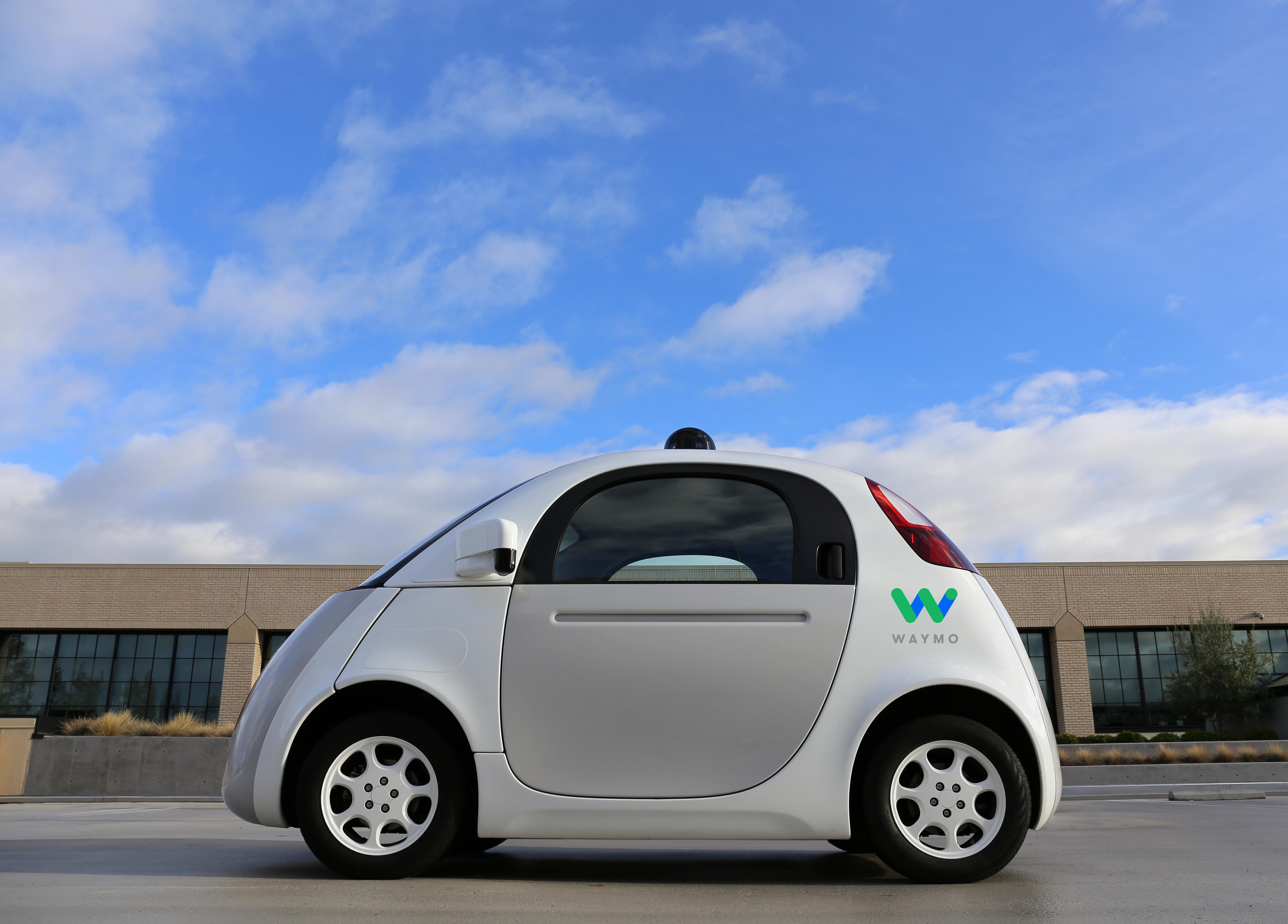 ウェイモの自動運転試作車Firefly=同社提供